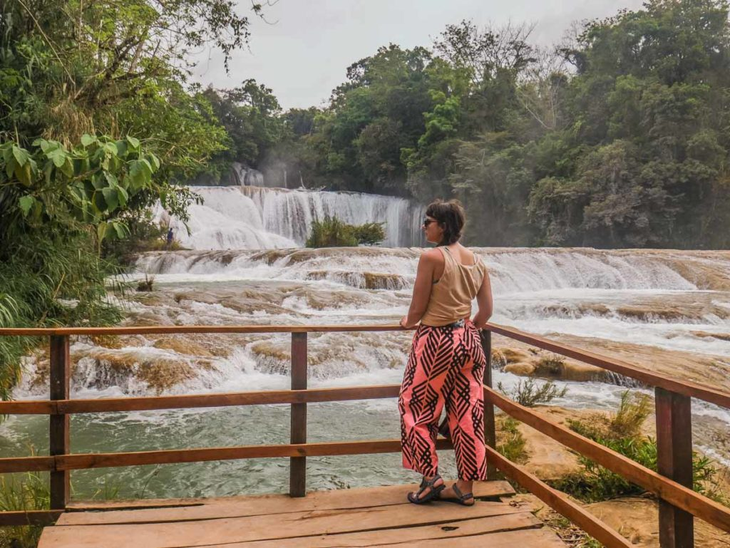 visiting agua azul waterfalls with palenque tours