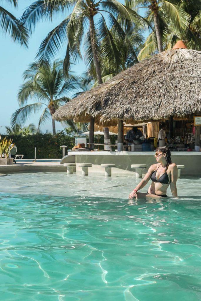 beach club pool villasol