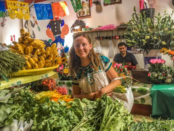 oaxaca food tour in local market