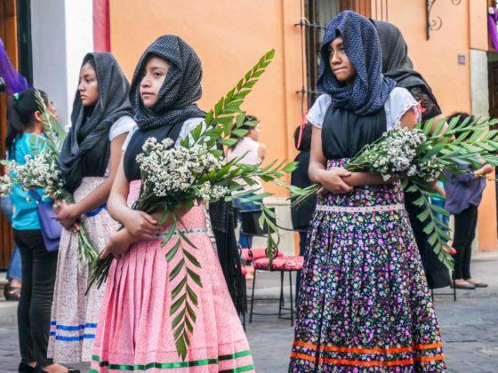 oaxaca semana santa procession