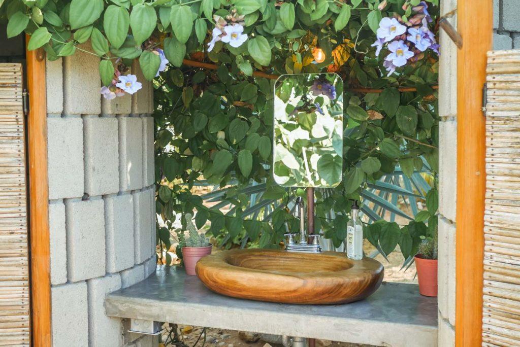 outdoor bathroom el capitan airstream