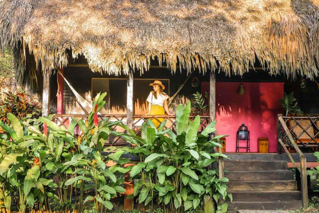 hotel las guacamayas cabins