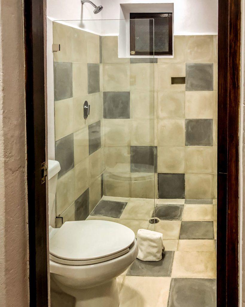 hotels in san cristobal de las casas bathroom