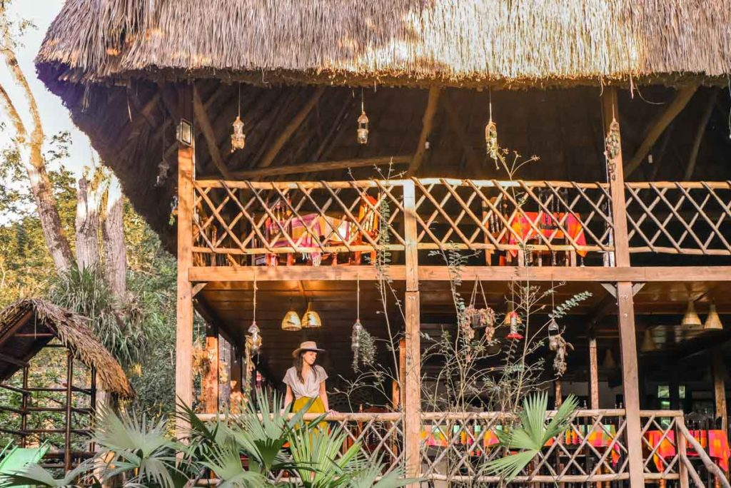 restaurant at hotel las guacamayas chiapas