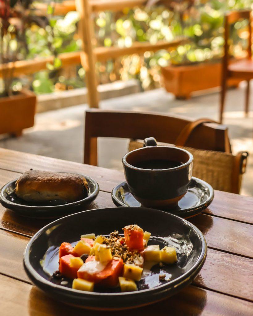 breakfast hotel in san agustinillo