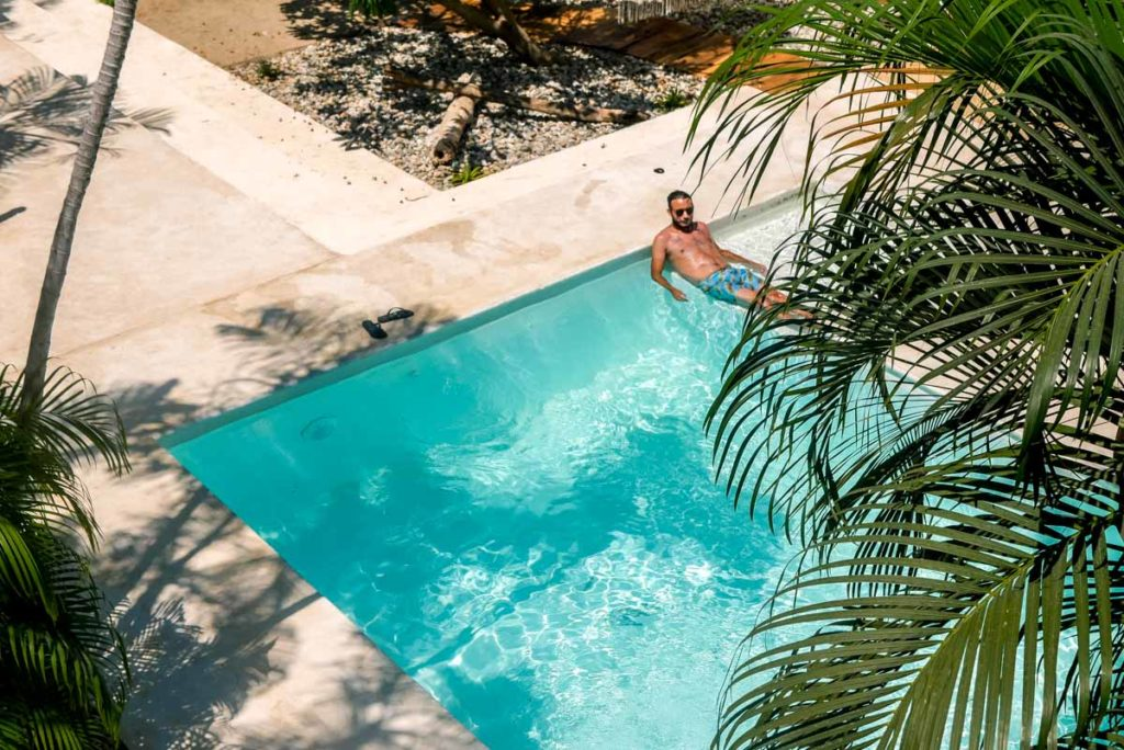 hotel with pool puerto escondido